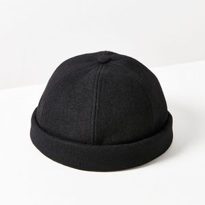 Black Urban Outfitters Dockers Hat
